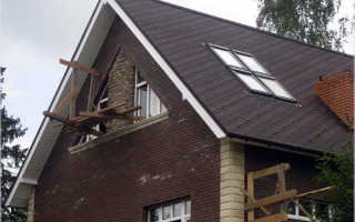 Как правильно сделать мансарду под двухскатной крышей