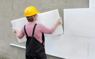 Как закрепить пенопласт к кирпичной стене?