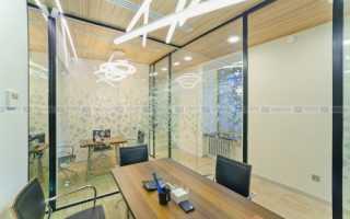 Установка стеклянных перегородок в офисе