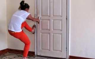 Что делать если захлопнулась дверь в квартире?