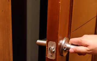 Скрипят двери в квартире что делать?