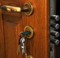 Что делать если заел замок входной двери?