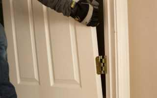 Как снять дверь с карточных петель?