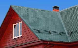 Металлочерепица или профнастил что лучше для крыши