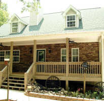 Одноэтажный дом с верандой под общей крышей